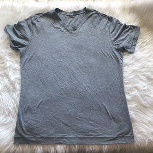 🍋Men's Lululemon V-Neck Shirt 🍋